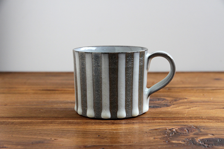 chy-mug-strp-shiro