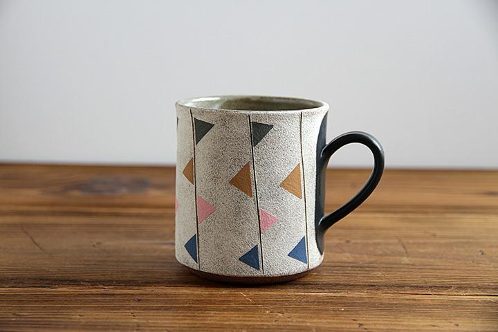 str-tsp-mug-flag-pastel